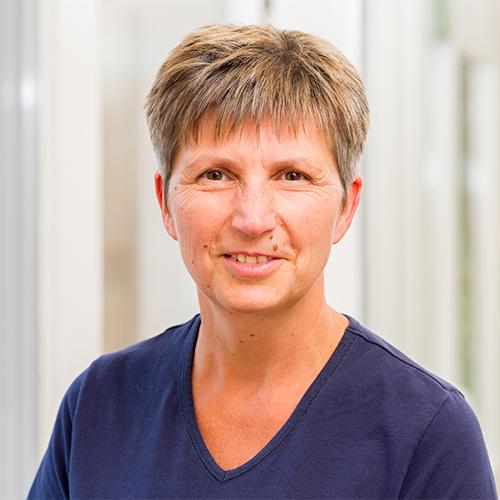 https://hausarzt-rotenburg.de/wp-content/uploads/2018/08/kerstin_füller.jpg